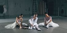 landscape-1485195550-17ss-cc-wmn-do-you-nycb-backstage-group-a-0791-rgb